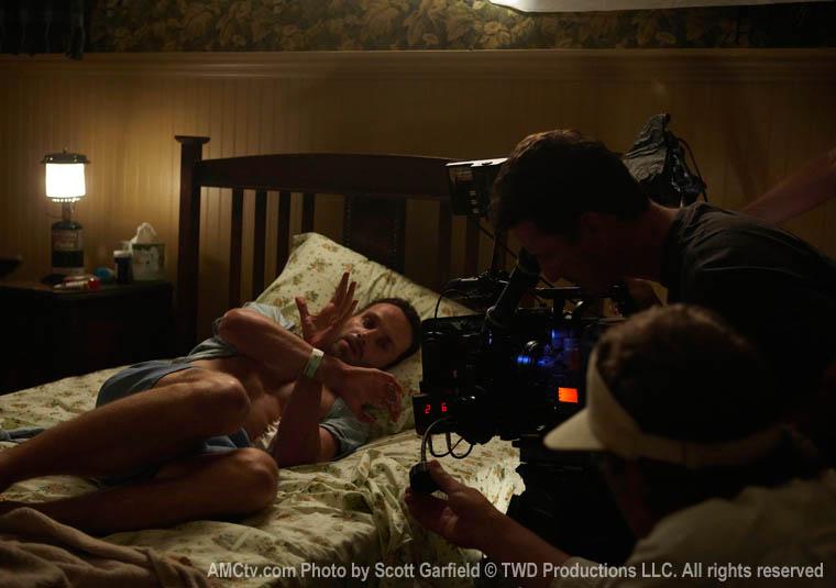 Andrew Lincoln (Rick Grimes), Greg Smith (Kamera) ve David Galbraith (Kamera)