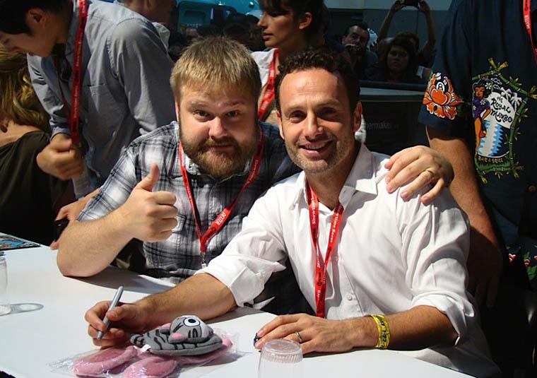 Robert Kirkman (Çizgi Roman Yaratıcısı) ve Andrew Lincoln (Rick Grimes) İmza Töreninde