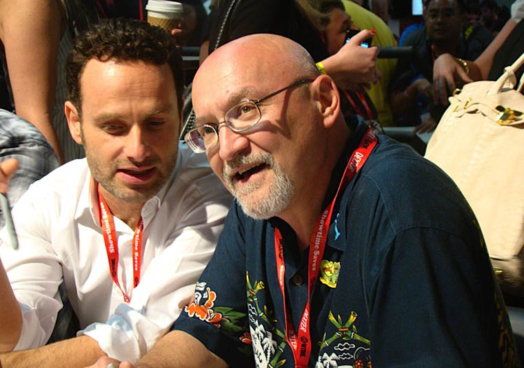 Andrew Lincoln (Rick Grimes) and Frank Darabont (Yönetmen ve Yapımcı) İmza Töreninde