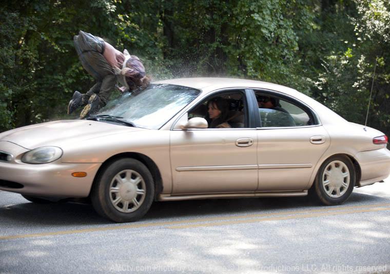 Lori ve araba kazası
