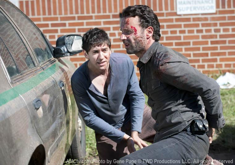 Randall (Michael Zegen) ve Rick Grimes (Andrew Lincoln)