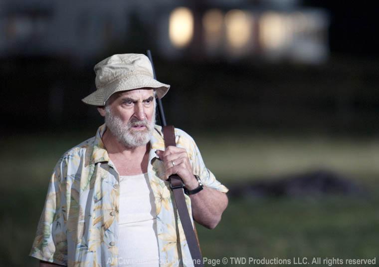 Dale (Jeffrey DeMunn)