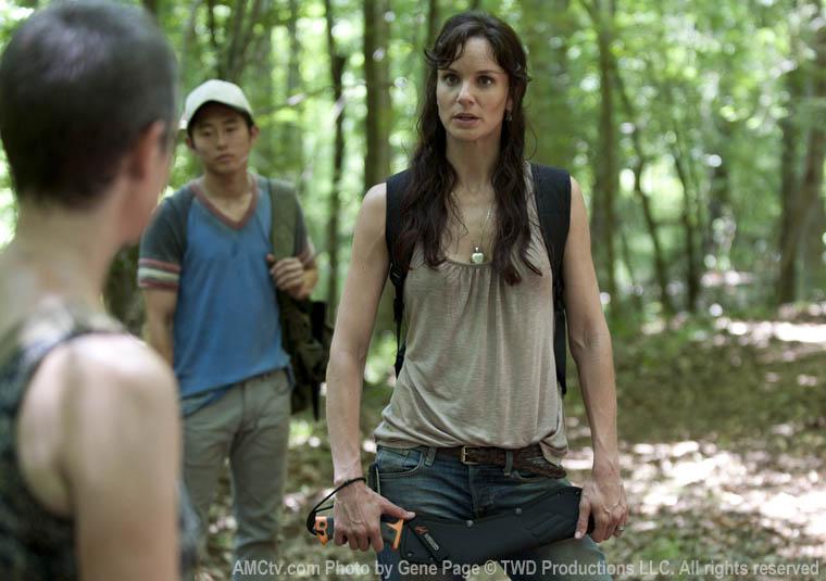 Carol Peletier (Melissa McBride), Glenn (Steven Yeun) ve Lori Grimes (Sarah Wayne Callies)