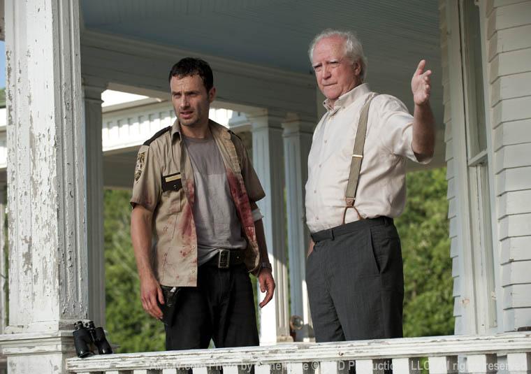 Rick Grimes (Andrew Lincoln) ve Hershel Greene (Scott Wilson)